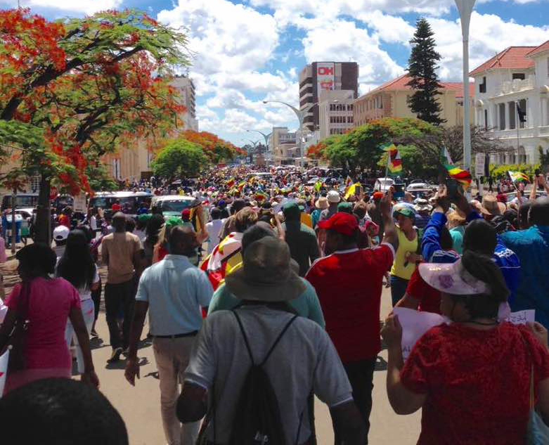 Marchers in Bulawayo November 18 2017 after removal of President Mugabe