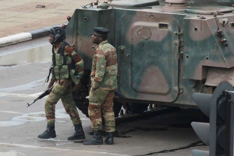 Tanks rattle into Harare city at early stages of coup