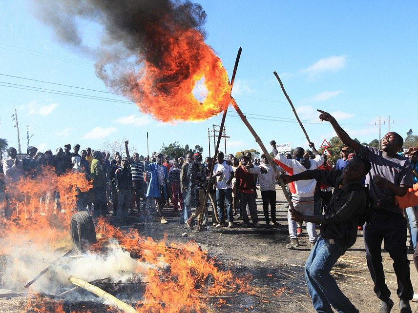 Protestors against doubling of price of fuel in Zimbabwe